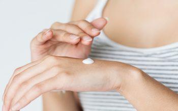 5 signos que indican que tu piel está deshidratada y cómo solucionarlo