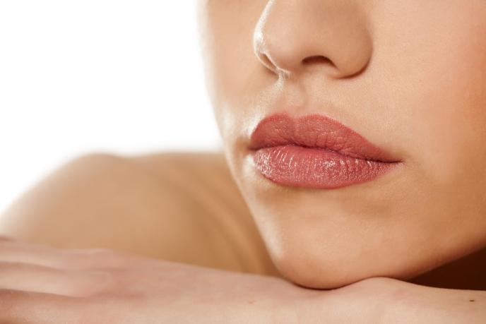 acido-hialuronico-en-labios